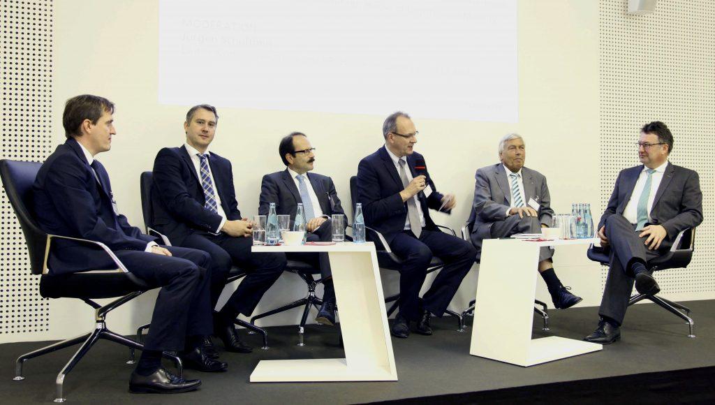 Jürgen Schultheis, Prof. Dr. Uwe Clausen, Prof. Dr. Michael Henke, Volker Sparmann, Karl-Rudolf Rupprecht, Lufthansa, Fraunhofer ILM; HOLM