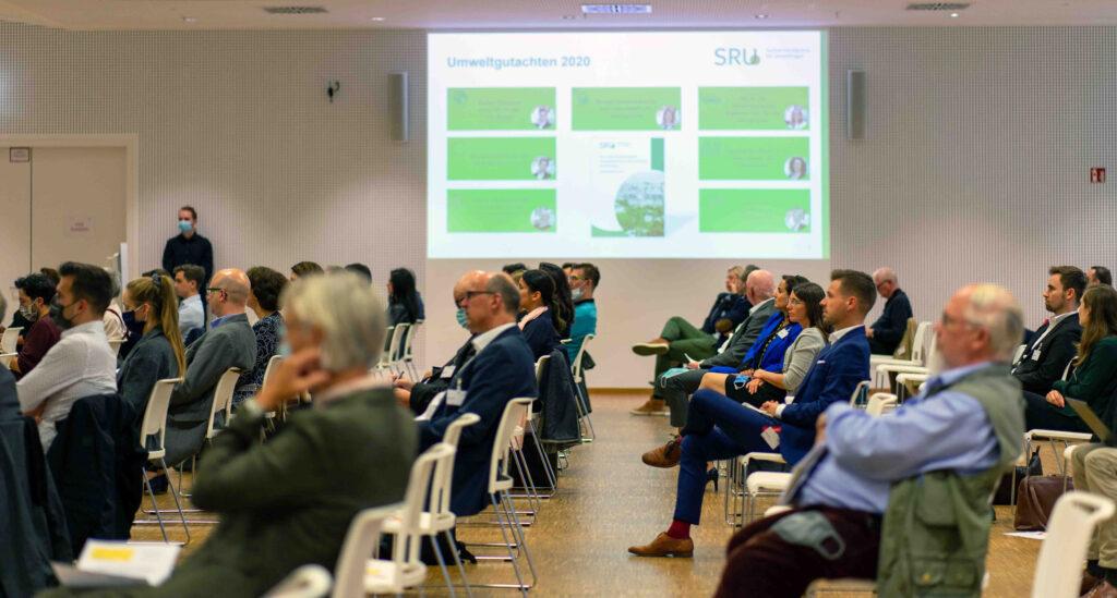 Klimaneutralität im Flugverkehr, Ethik der Mobilität 2020, Jürgen Schultheis, Frankfurt, Hessen, Steffen Albrecht